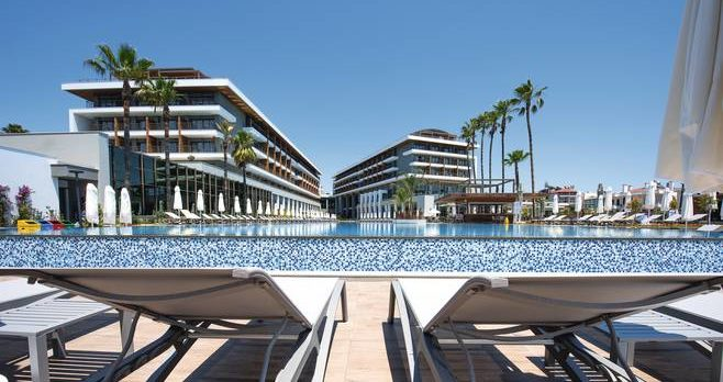 Barut acanthus cennet airport transfers